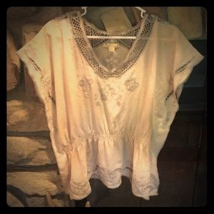 Vintage embroidered Twentyone blouse!